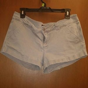 💲4 w/ another purchase! Soft gray shorts!